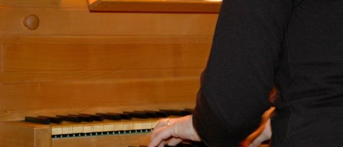 Quest'anno alcuni cori sono stati accompagnati da un pianista