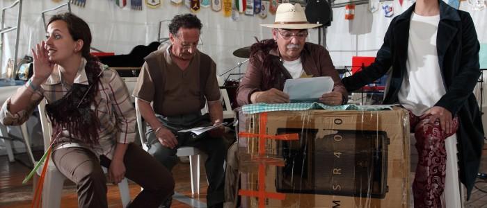Lucky, Lino, Roberto e Andrea si preparano per la recita